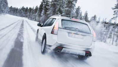 cum conduci iarna